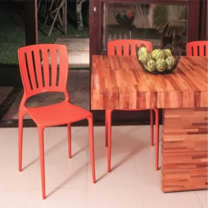 Cadeira de plastico Sofia Casa Delta Tramontina